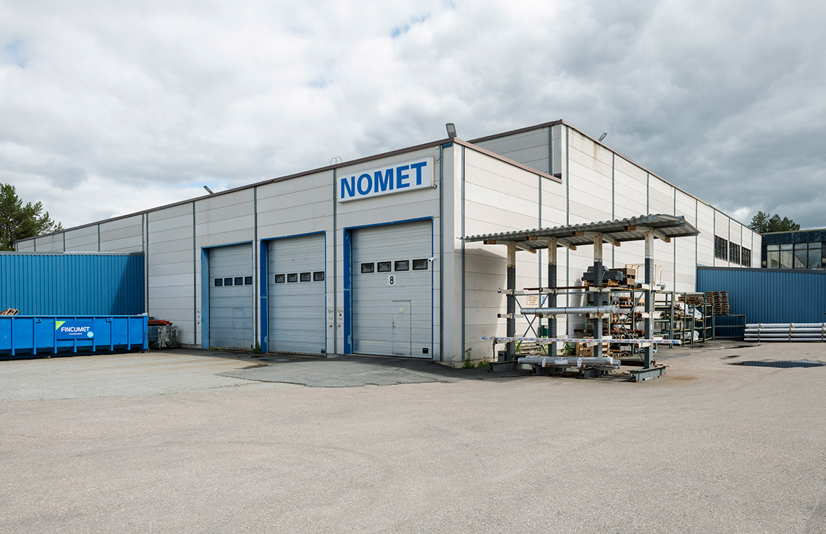 Nomet's outdoor lighting emphasises energy savings, occupational safety, efficiency and comfort.